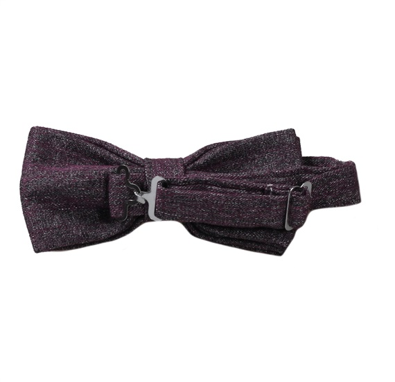 Reverse eggplant colour bow tie