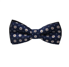 Blue Boy's Bow Tie with Daisies